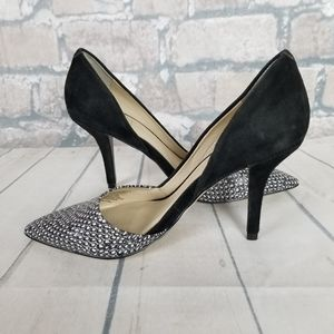 Marc Fisher Pump Sz 6 Black White Embossed Cut Out